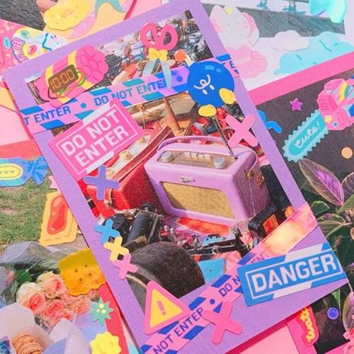 빛나는 Dangerous Things 3 칼선 스티커