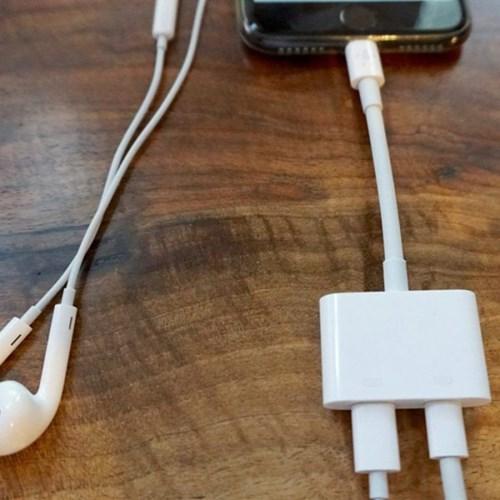 올웨이즈 아이폰 라이트닝 이어폰+충전 듀얼 젠더