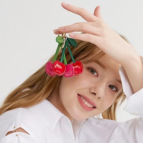 러브참 체리 키링