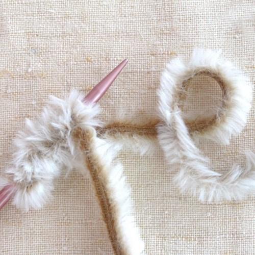 [텐텐클래스] (의정부) 손끝까지 따뜻한 토끼털 가방 만들기(2회)