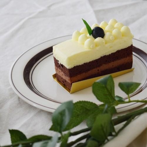 카네수즈 플레이트 (사이즈 / 색상별 선택) 카페 접시 그릇