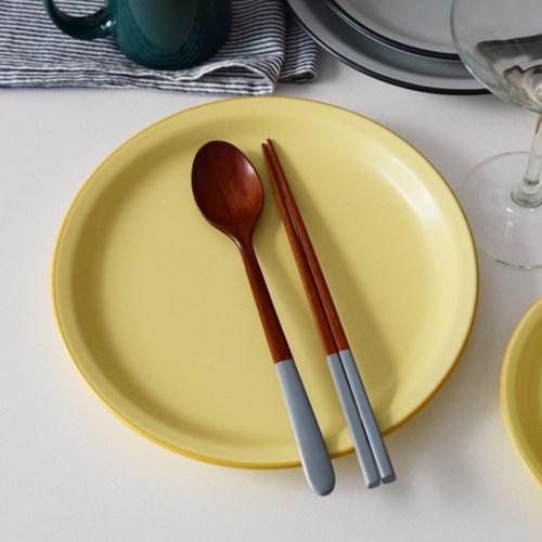카네수즈 클라리스 접시 (4 color / 3 size) 카페 플레이트
