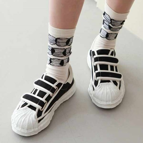 kami et muse Over toe velcro sneakers_KM20w328