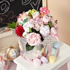 [아기옷플라워] 핑크_버킷 (상하내의,턱받이,양말,손수건,조화)
