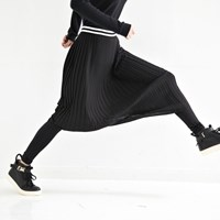 pleats leggings