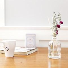 책상 위 꽃한다발- 디퓨저(선물포장)