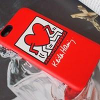 SKINU x Keith Haring 범퍼케이스 - Walking Heart