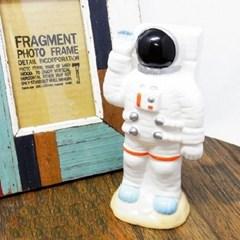 마그넷 우주비행사 저금통