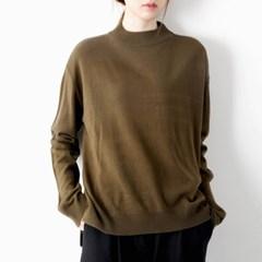 half neck basic knit top