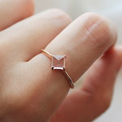 로즈쿼츠 웰 반지 rose quartz well ring