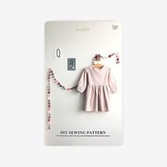 패턴키즈 - WOP1 노카라 셔링 원피스(여아)