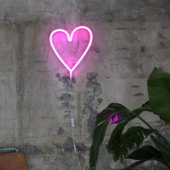 Heart neon light-pink