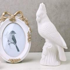 화이트 버드 도자기 오나먼트 - 왕관앵무새
