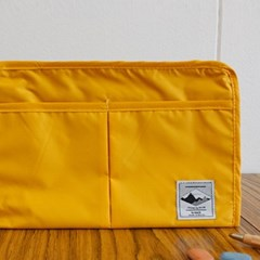TRAVEL-POUCH_YELLOWGOLD