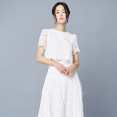 [클레어드룬] HEART LACE BLOUSE