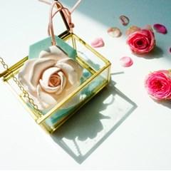 로즈 향기 오너먼트
