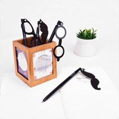 재미있는 수염과 안경 펜