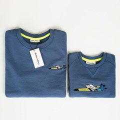 Flying Mom & Baby Sweatshirts Set