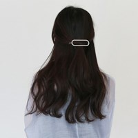 Oval pendant hair pin