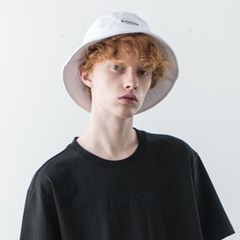 [ESSENSI STUDIO] LOGO BUCKET HAT (ES1HSUAB21A) 화이트