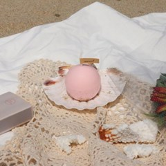A PEARL IN THE SHELL _ pale pink