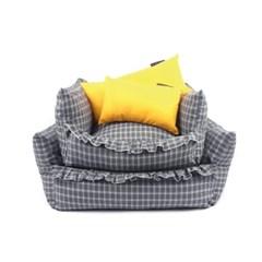 [monchouchou] Masion De Check Cushion