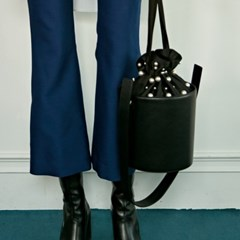 ALICE PEARL BUCKET BAG_BLACK