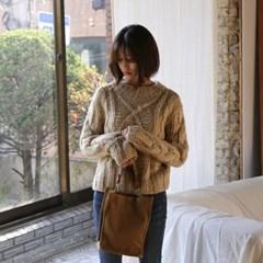 [hand made] dia round neck knit