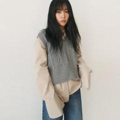 Pattern v-neck wool vest