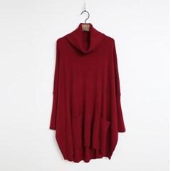 Oversized Wool Turtleneck Knit