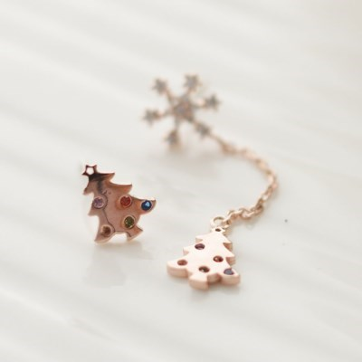 Snowy Tree earring