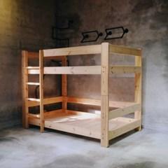 숲속의 어린이 2층 침대