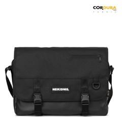 ICON MESSENGER BAG / BLACK
