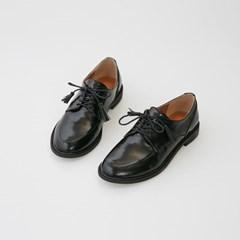 tassel point loafer