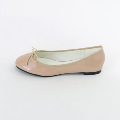 Basic enamel flat shoes