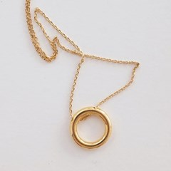 O-ring necklace