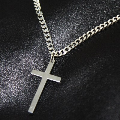PEPPER CROSS NECKLACE