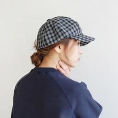 Vintage check hunting cap