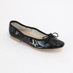 Various color plat shoes