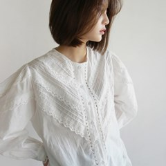 Adorable lace blouse