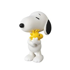 UDF Snoopy Holding Woodstock (PEANUTS Series 7)