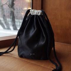 glossy pouch bag _ black