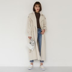 loose fit silhouette trench coat