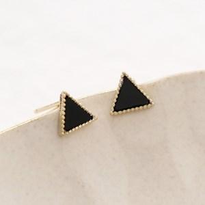 simple onyx triangle
