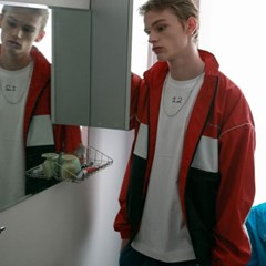 Talent Training Unity Jacket - Red