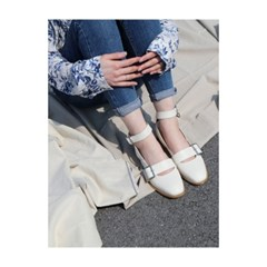 T010 buckle strap ivory