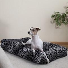 멜리펫 강아지방석 레오파드 블랙