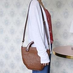 Wood handle basket bag