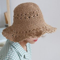 Bulky weave picnic hat