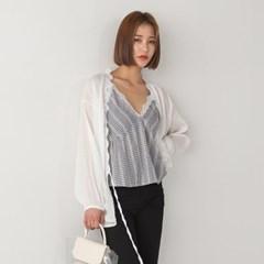 romantic lace bias robe